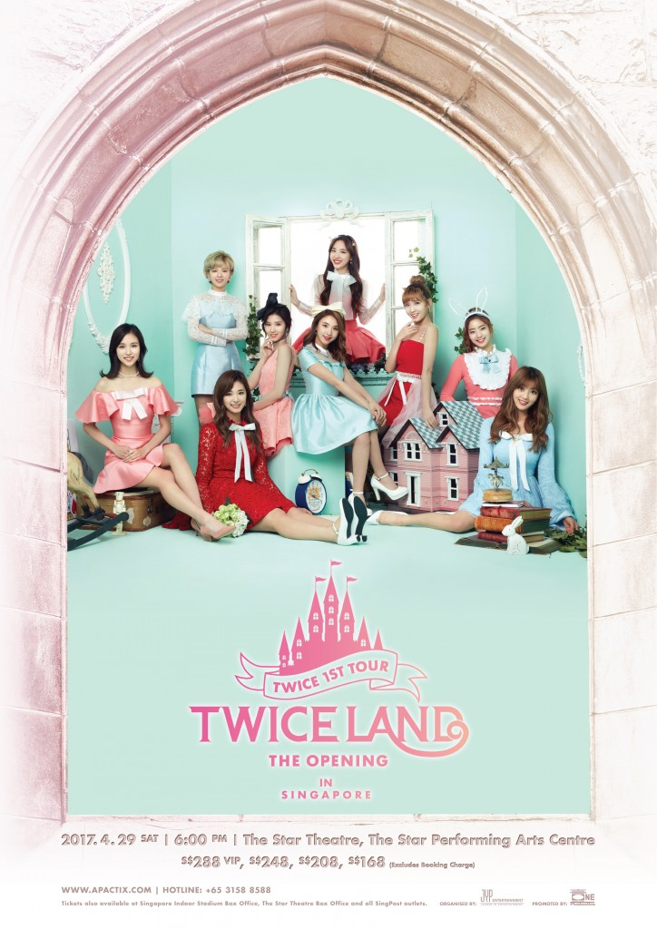 "TWICE 1st World Tour ""TWICELAND'"