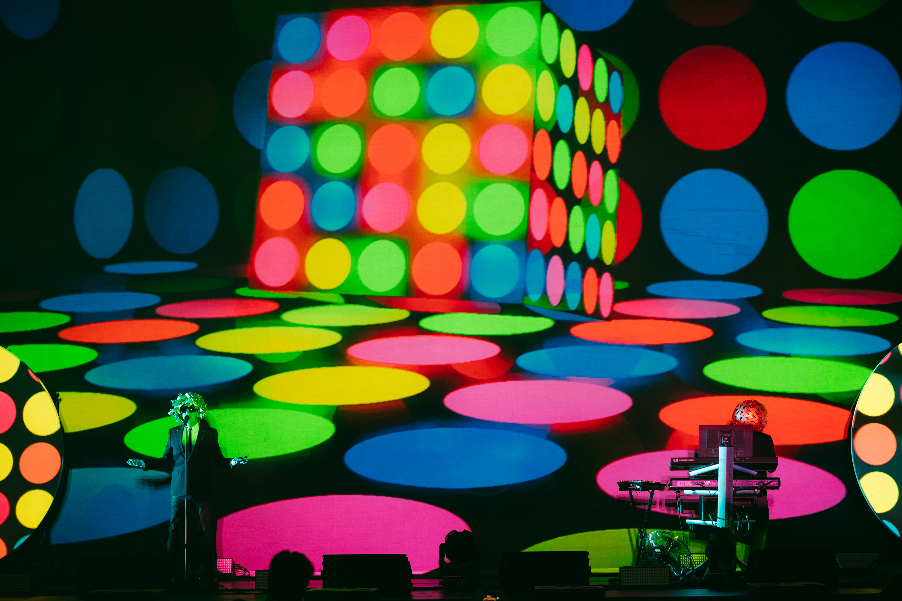 Pet Shop Boys The Super Tour : Entering The Orbit of Pet Shop Boys